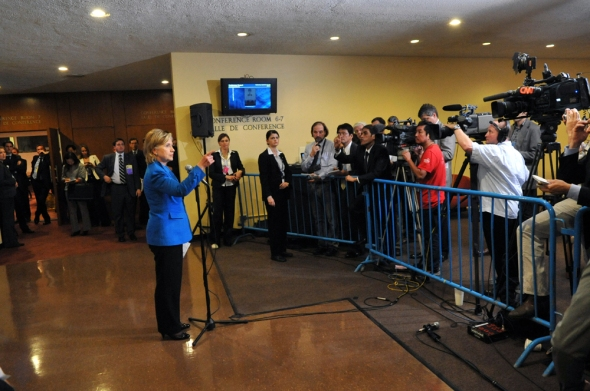 U.S. Secretary of State Hillary Rodham Clinton addresses the press following of a P5+1 meeting at the UN headquarters during the 64th Session of the UN General Assembly in New York City, New York September 23, 2009. [State Department photo / Public Domain]