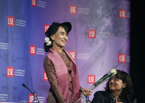 Aung San Suu Kyi at the LSE. Picture from LSE in Pictures flickr feed