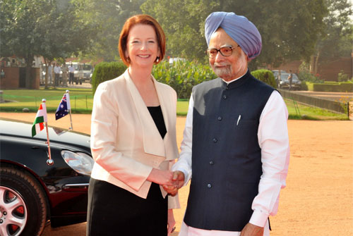 Australian prime minister Julia Gillard and Indian prime minister Dr Monhama Singh
