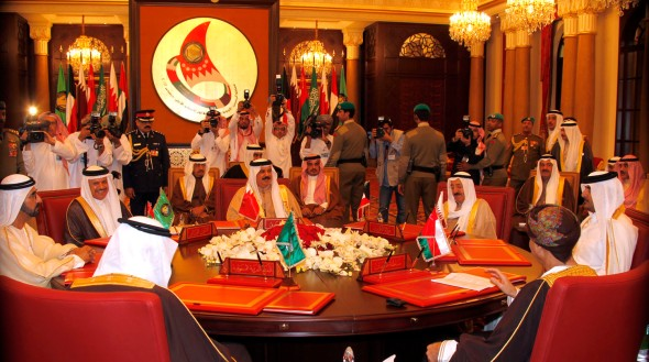 The emir of Kuwait (right) 33rd GCC summit. Photo Bahrain News Agency