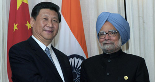 Manmohan Singh meets Xi Jinping Photo Office of the India Prime Minister